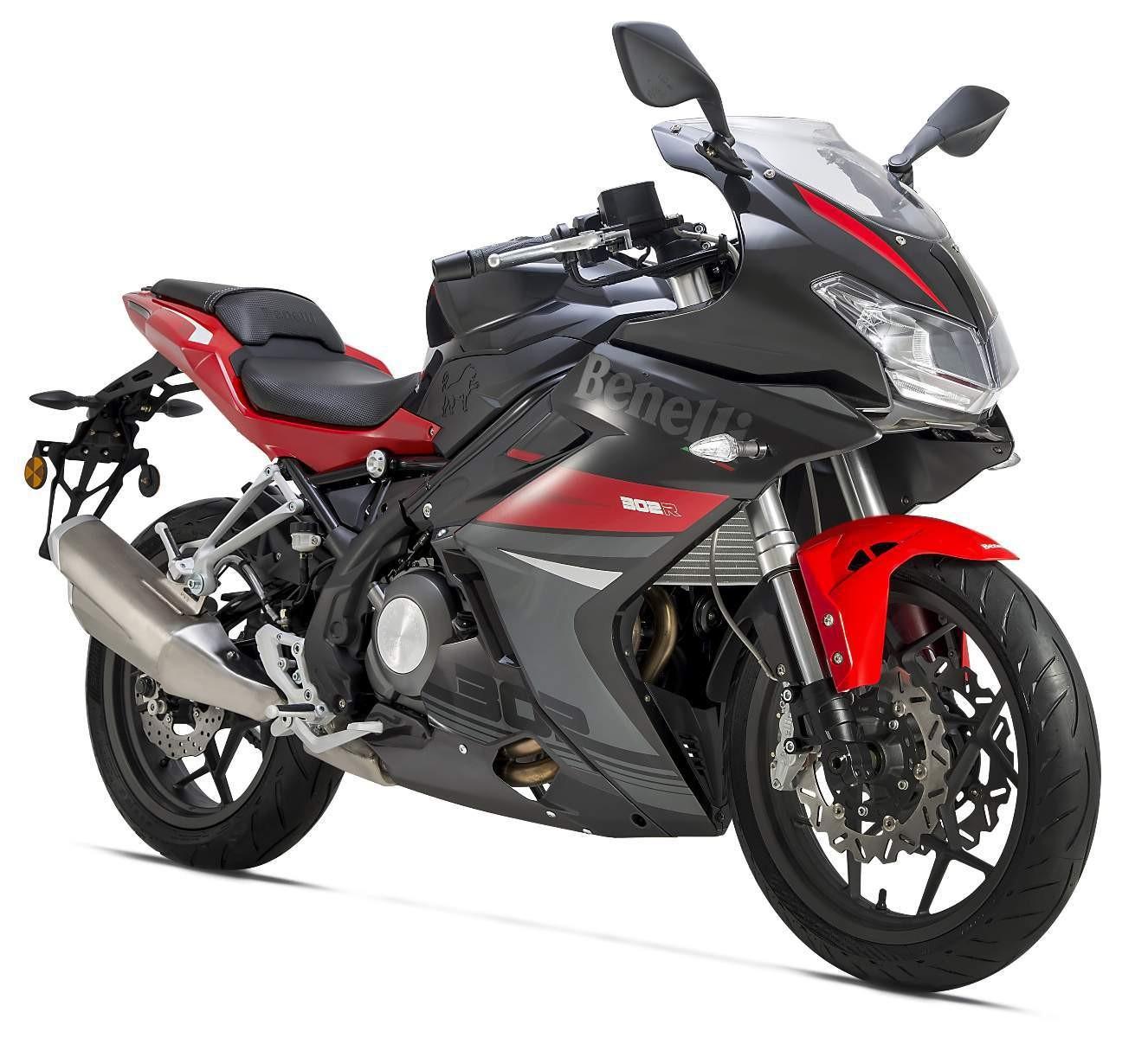 BENELLI BN 302 2019 300 cm3 | moto roadster | 234 km